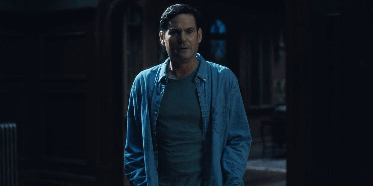 The Haunting Of Hill House Star Henry Thomas Joins Mike Flanagan S Bly Manor Dead Entertainment